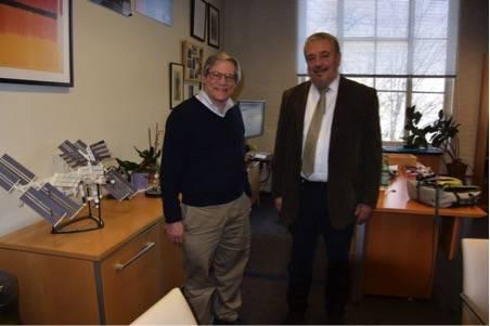 Con el profesor Alan Guth.