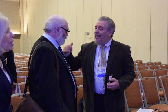 Con Dennis Overbye, del New York Times.