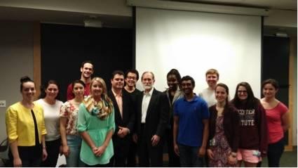 Intercambio con estudiantes de la Johns Hopkins Bloomberg School of Public Health. Foto: Cortesía de Julie Messersmith.