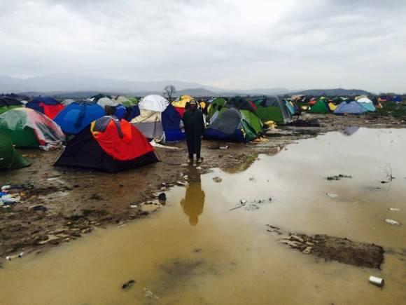 Refugiados en Idomeni. Foto: Twitter.