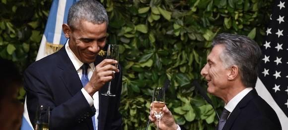 Macri y Obama en una cena en la Casa Rosada. Foto: Página 12.