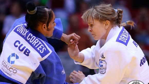 La judoca cubana Onix Cortés derrotó por Ippon a la rusa Irina Gazieva. Foto: Federación Internacional de Judo.