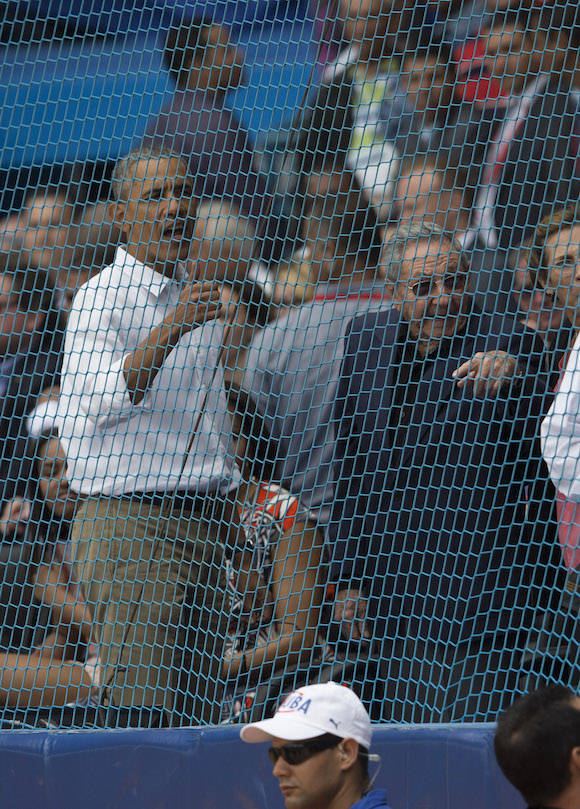 Obama y Raúl en el juego de béisbol. Foto: Ismael Francisco/ Cubadebate