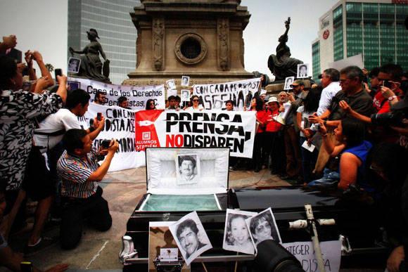 Homenaje a los periodistas asesinados en México.