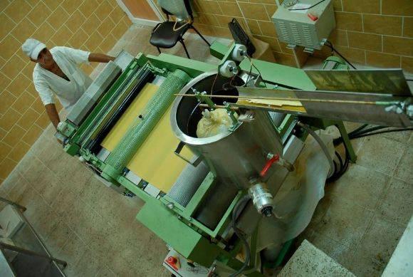Cada paso del proceso de beneficio de la miel se controla exhaustivamente. Foto: Montos.