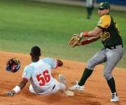Sexto Juego de la Final de la 55 Serie Nacional de Béisbol Ciego de Ávila-Pinar del Río. Foto: Ricardo López Hevia / Granma / Cubadebate