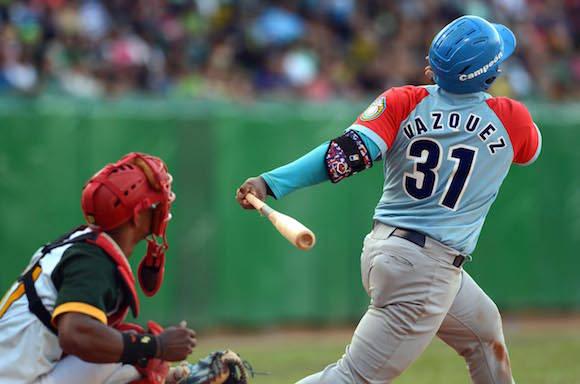 Beisbol-Final-Serie-55-CA vs PR 3ser play gana ciego 6 x 5 Jonron de Osvaldo Vazquez