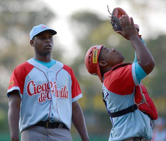 Beisbol-Final-Serie-55-CA vs PR 3ser play gana ciego 6 x 5 Jonron de Osvaldo Vazquez y Dacher Duquesne lanzador ganador