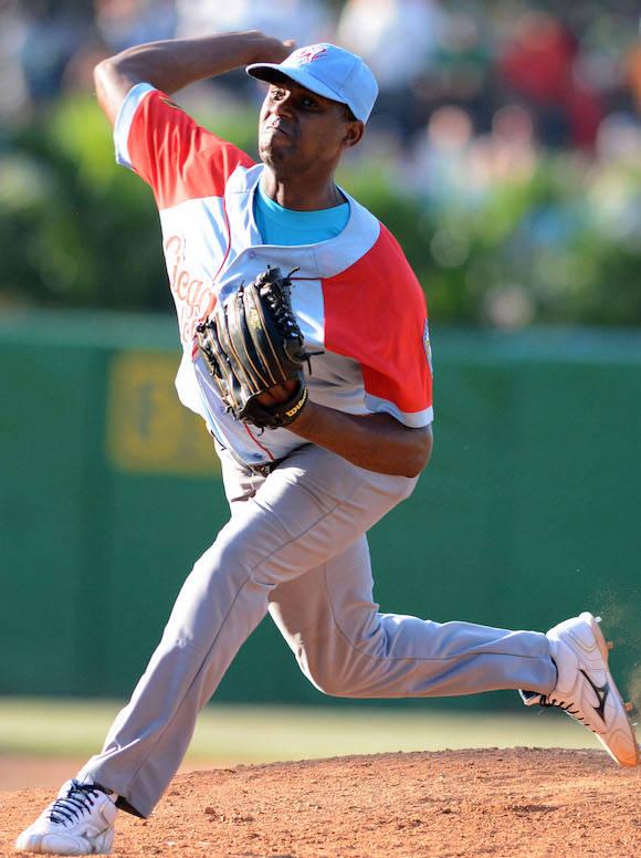 Beisbol-Final-Serie-55-CA vs PR 3ser play gana ciego 6 x 5  Dacher Duquesne lanzador ganador