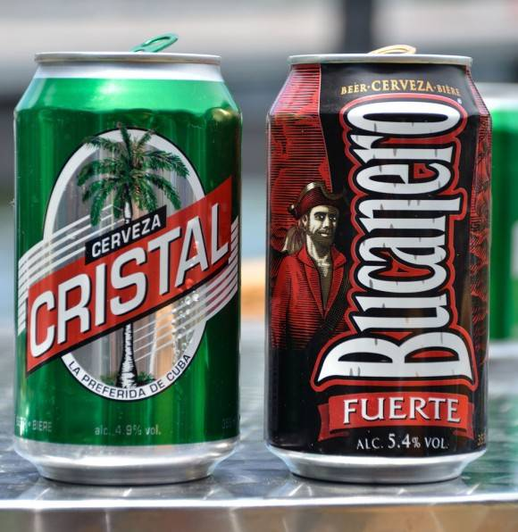 Cervezas Cristal y Bucanero
