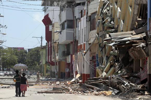 Edificios derribados en Portoviejo, Ecuador. Foto: AFP