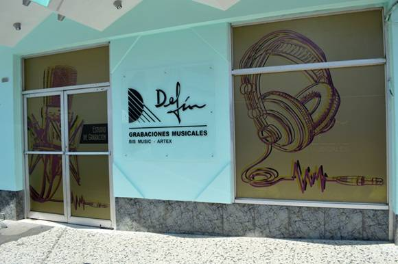 Estudios-Eusebio-Delfinl-1