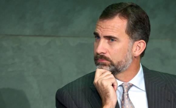 España: El Rey podría disolver el Parlamento
