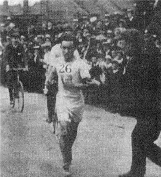 Johnny Hayes, titular de la Maratón 1908.