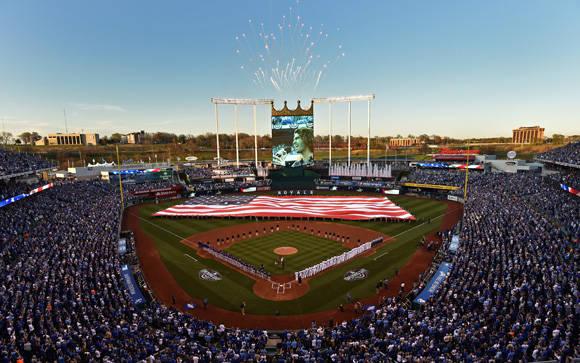 Día inaugural en el Kauffman Stadium. Foto: Usa Today/ Peter G. Aiken.