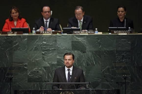 El actor, Leonardo DiCaprio, habla ante los presentes en Naciones Unidas. Foto: EFE.