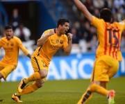 Luis Suárez celebra el primero. Foto: AFP