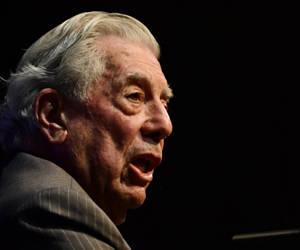 """Mario Vargas Llosa dijo que López era """"un héroe de nuestro tiempo, un héroe de paz, un héroe civil"""". Foto: Tomada de www.rcnradio.com"""
