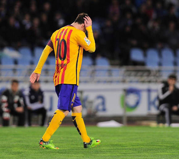 Messi, cabizbajo. Foto: AFP.