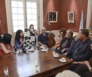 Ramón y los intelectuales argentinos. Foto: Kaloián Santos Cabrera / Cubadebate