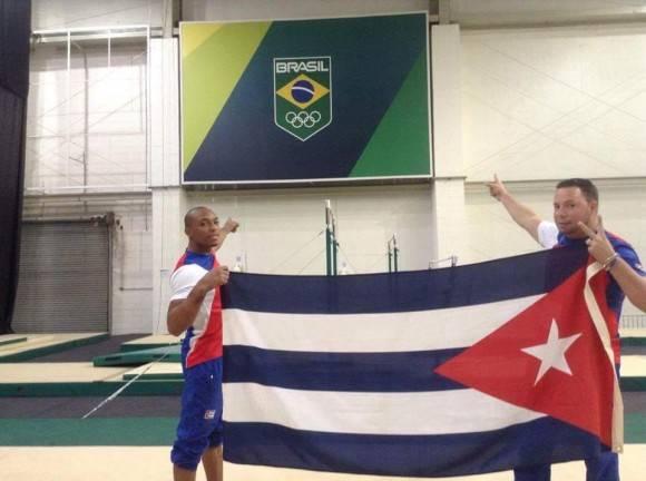 Randy Lerú y Carlos Rafael Gil Hernández Foto: Tomada de la cuenta de Facebook del entrenador Carlos Rafael Gil