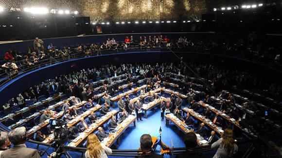 Presidente de Senado brasileño rechaza anulación de juicio a Dilma