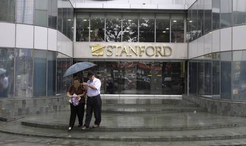 Vista de una de las oficinas de Stanford en Caracas hace un par de semanas. Foto: AP.