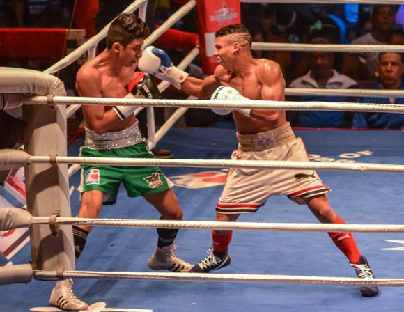 Yosbany Veitía fue más que José Rojas en los 52 Kg. Foto: Marcelino Vázquez Hernández/ ACN.