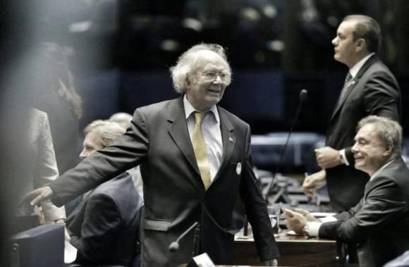 El Premio Nobel de la Paz, Adolfo Pérez Esquivel, irrita a opositores brasileños al denunciar intento de Golpe de Estado en el Senado de ese país. Foto: @PrensaPEsquivel.