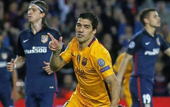 f17acb7b4e Luis Suárez dispara doblete y el Barcelona gana 2-1 ante el Atlético ...