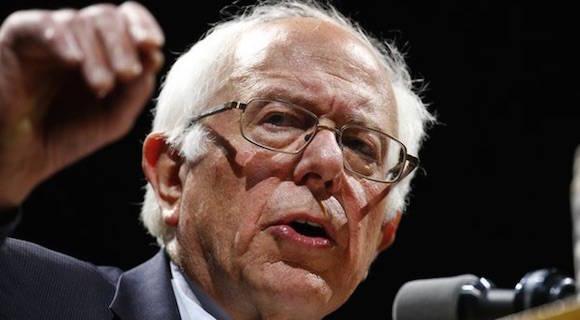 """Bernie Sanders vino al sur del Bronx, uno de los rincones más pobres del país, a ofrecer su invitación a lo que llama una """"revolución política"""". Foto: Ap"""