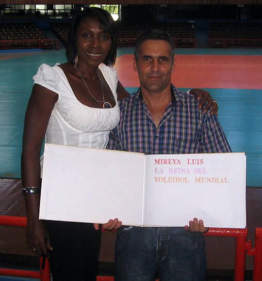 Con Mireya Luis. Foto: Cortesía del entrevistado.