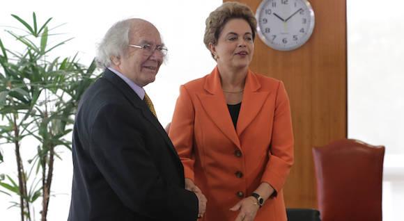 Dilma Rousseff, Adolfo Perez Esquivel