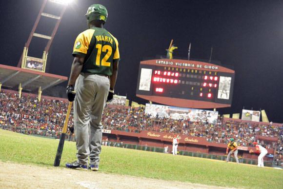 Donal pegó un hit importante. Foto: Katheryn Felipe / Cubadebate