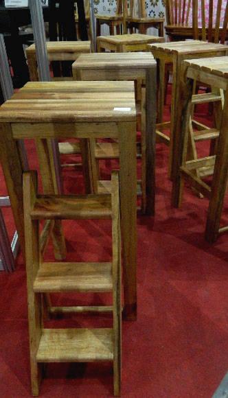 Se aprecian allí artículos y mobiliarios útiles para el hogar como éste. Foto: Susana Tesoro/ Cubadebate.