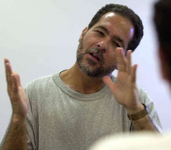 La semana pasada, Juan Segarra Palmer (en la foto), Orlando González Claudio y Norberto Cintrón Fiallo fueron detenidos por agentes federales por orden del juez federal José A. Fusté para ser sometidos a las pruebas de ADN. Foto: El Nuevo Día.