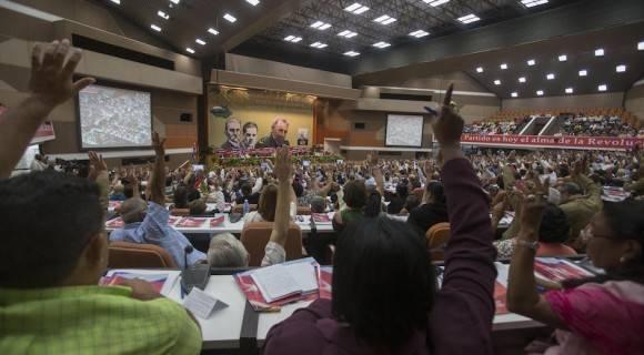 Aprobadas resoluciones del VII Congreso del Partido Comunista de Cuba
