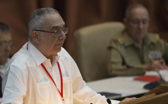 Leonardo Andollo en Plenario el VII Congreso del Partido Comunista de Cuba. Foto: Ismael Francisco/ Cubadebate