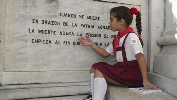 Milenys Fernández, una pionera amante de la obra martiana. Foto: Guerrilero.