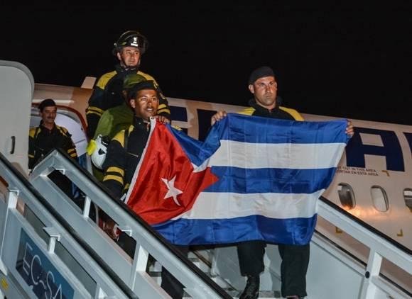 rescatistas cubanos en ecuador 1