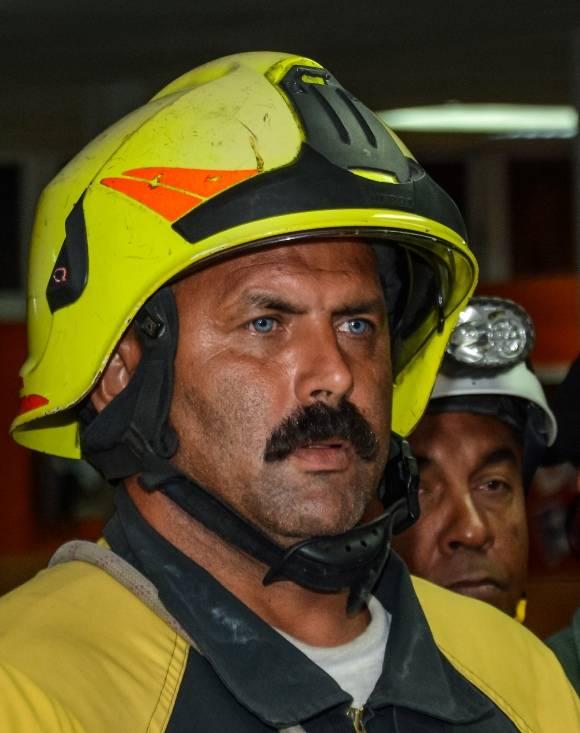 rescatista cubano que viajó a Ecuador