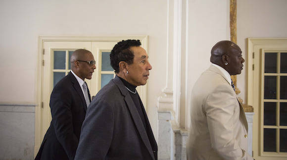American musician Smokey Robinson, center, visits the Gran Teatro in Havana, Cuba, Thursday, April 21, 2016. The U.S. President's Committee on Arts and the Humanities, including musicians Smokey Robinson, Usher and Dave Matthews, concluded a four-day visit in Cuba. (AP Photo/Desmond Boylan)