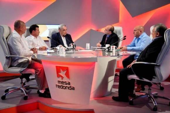 La Mesa Redonda de este martes abordó el impacto de las nuevas medidas en la comercialización agrícola.