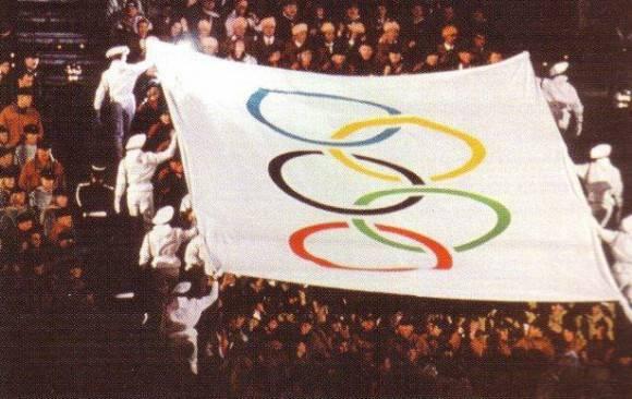 En Amberes 1920 se enarboló la bandera olímpica por primera vez. Foto. Cortesía del autor.