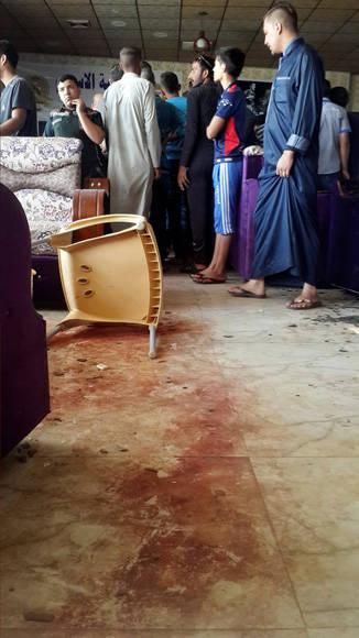 Así quedó la sede de la peña madridista atacada en Iraq. Foto: Reuters.