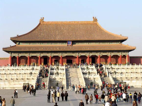 La Ciudad Prohibida es el complejo palaciego más grande del mundo con 980 edificios.