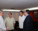 El canciller cubano llegó este domingo a Caracas y fue recibido por el vicecanciller venezolano, el Embajador Cubano Rogelio Polanco y el Jefe de las Misiones solidarias cubana Víctor Gaute. Foto: MPPRE Venezuela