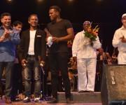 Alejandro Falcón (piano), Adel González  y Andrés Coayo (percusión), Rafael Aldama (contrabajo eléctrico) y Yohan Medina (Drums) fueron los invitados de la segunda parte del programa. Foto: Marianela Dufflar