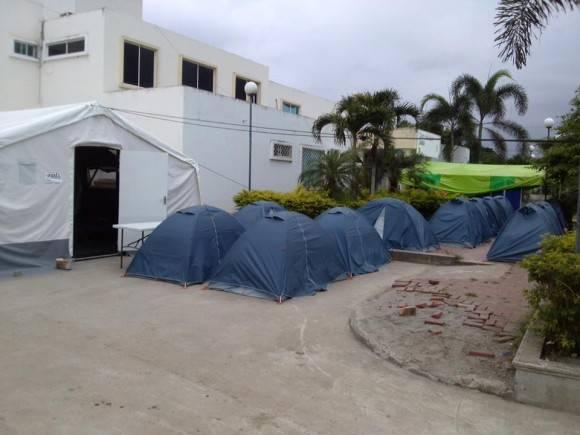 Casas de campaña donde pernocta la Brigada Médica cubana.  Foto: Dr. Enmanuel Vigil