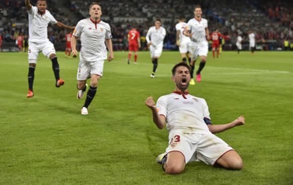 El capitán Coke fue la estrella del partido al conseguir un doblete. Foto: Marca.